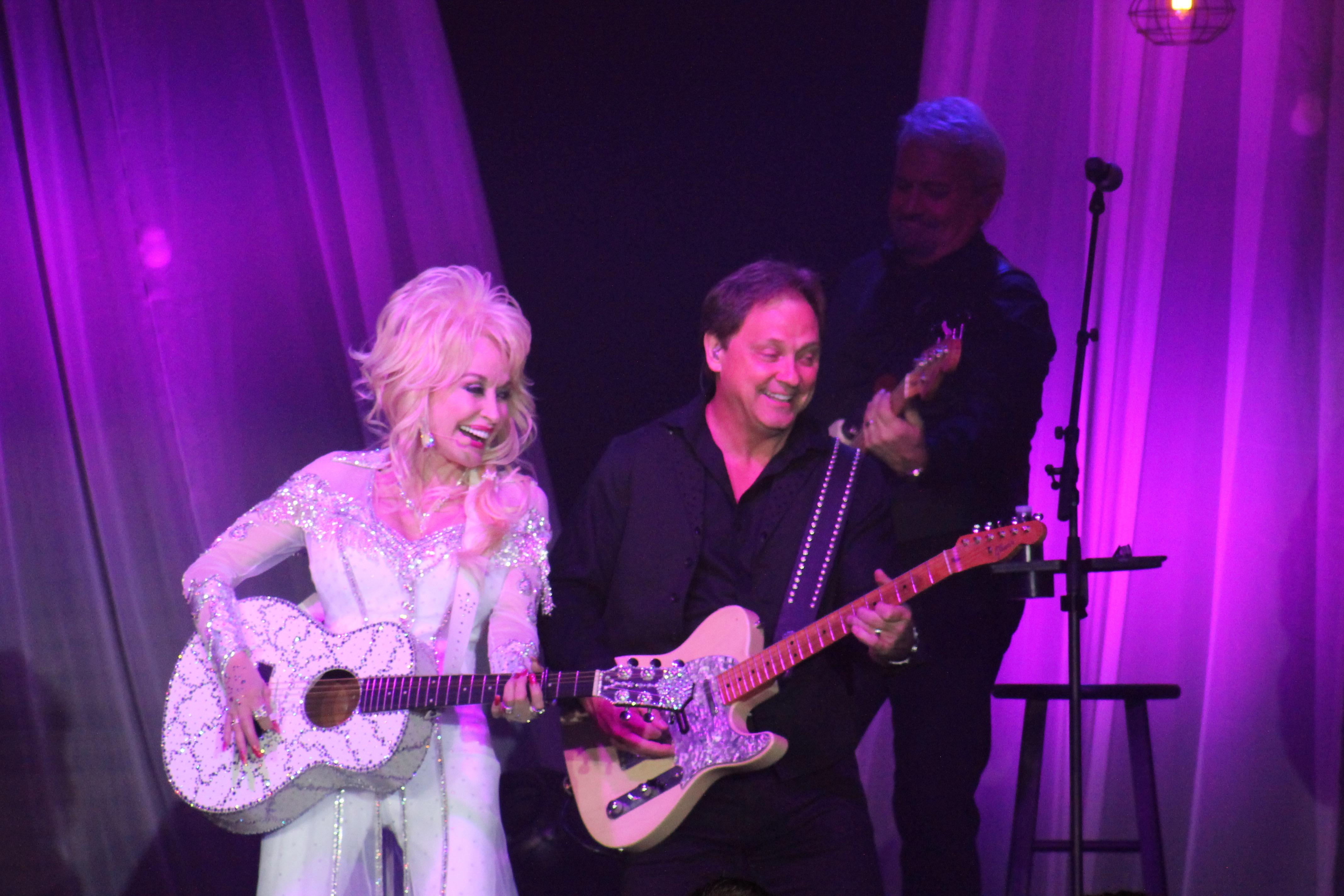 Dolly Parton – Northfield, OH 6/10/16