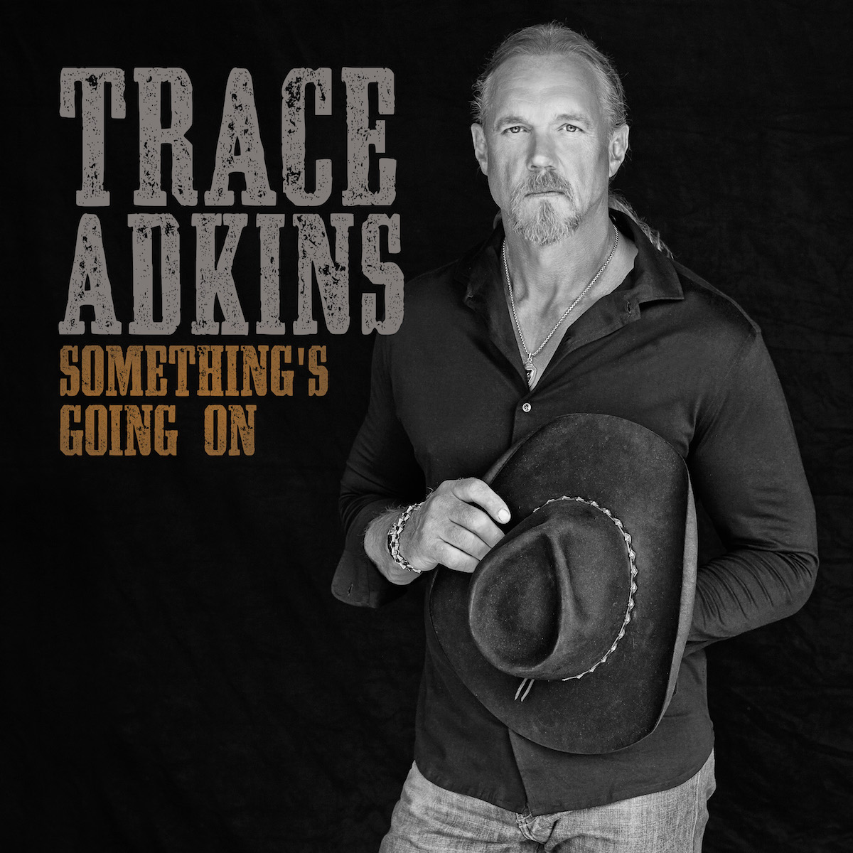 Trace Adkins – Something's Going On