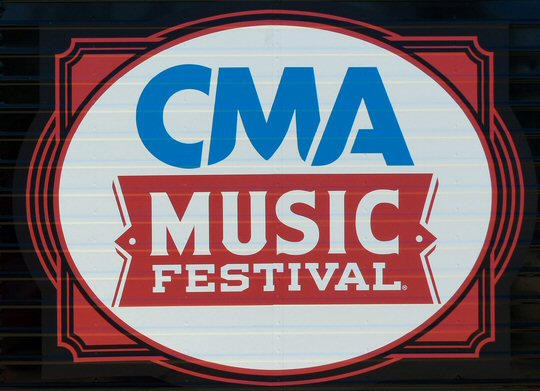 CMA Fest 2017: Guide To 90's Country Stars